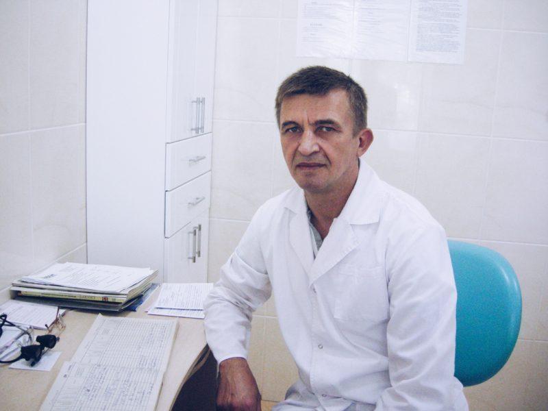 Зубной врач Прибыльский Александр Анатольевич
